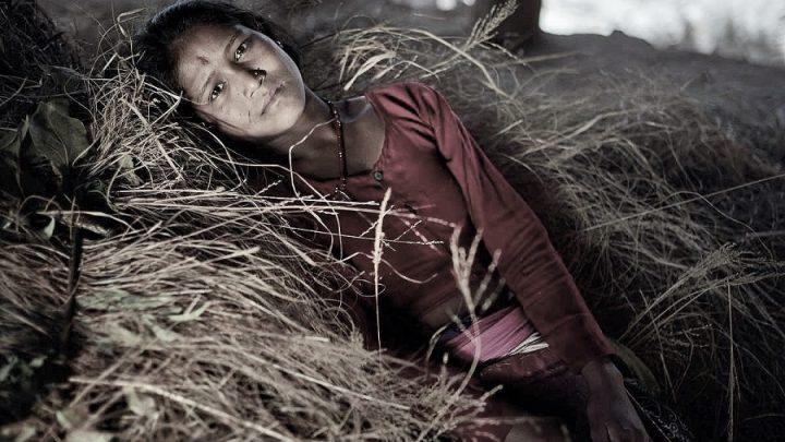 Nepal'de regl dönemlerinde sürgüne gönderilen kadınlar ve hikâyeleri