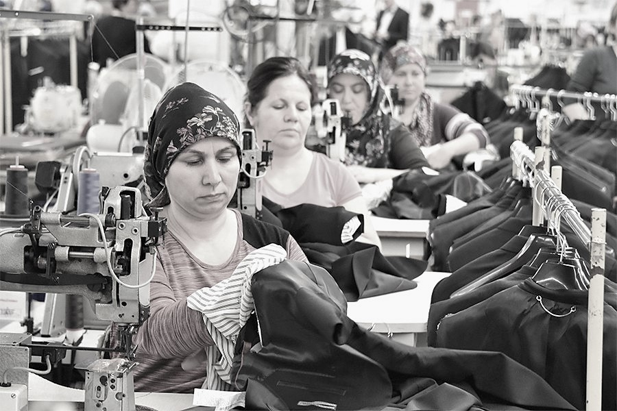 Türkiye'de kadın emeği raporu: İşgücü İçerisindeki Her 10 Kadından Yalnızca 3'ü Çalışıyor